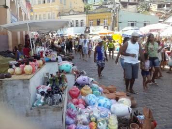 População e turistas prestigiando a Feira dos Caxixis em Nazaré - Foto: Norberto Nicory